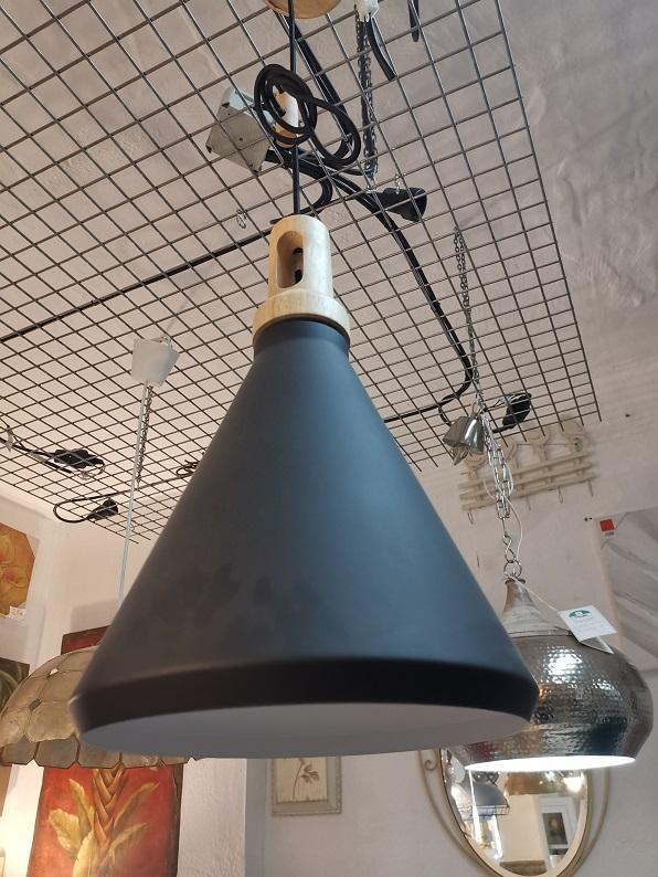 Lámpara de Techo Cono Negra